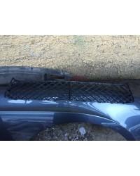 Решетка переднего бампера центральная Bentley GT V8 БУ